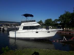 Trojan 32 boat